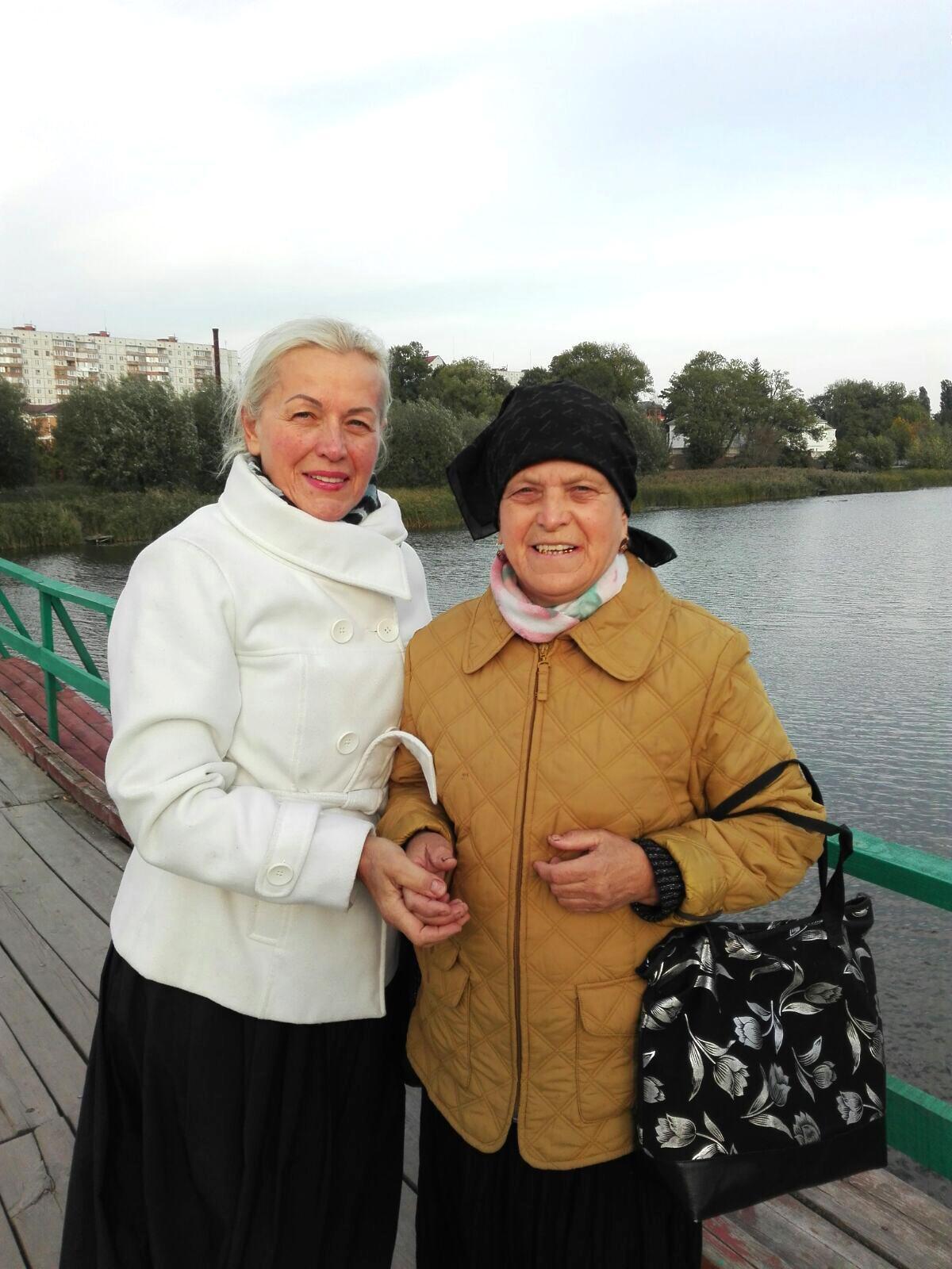 Сестри Козулін Катерина Миколаївна та Ольга Миколаївна